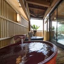 大浴場・陶器風呂