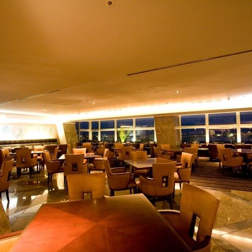 【ダイニング暖琉満菜】レストランは225席ありゆったり