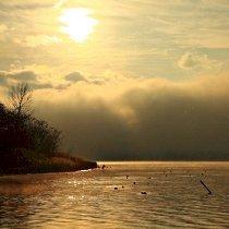 河口湖の朝の景色