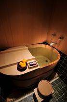 客室 檜風呂