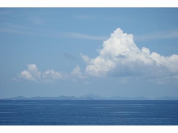 海の向こうは伊是名、伊平屋島・・・!