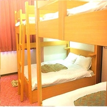 【2段ベッドルーム】ベッド2台