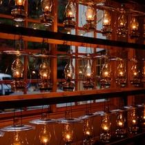 *【ランプ】ランプだけで過ごす夜。他にはない体験を。