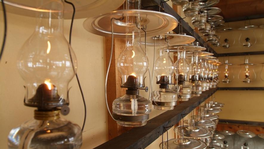*【ランプ】館内のランプはこちらの小屋で管理を行っております。