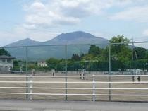 ◆テニスコート6面完備(夏季)徒歩1分!(1面1日/6000円)