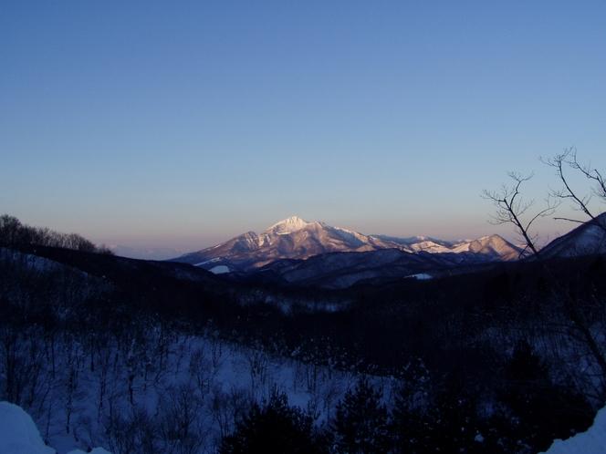 早朝の磐梯山