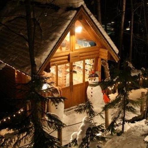 年中クリスマスのようなニングルテラス。夏もよいが冬もきれい。