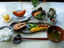 とある日の朝食です。