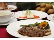 1. 夕食の一例新鮮な魚介類と富良野産の食材を使った、コースディナー