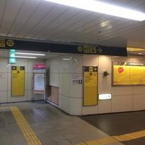 地下の13号出口