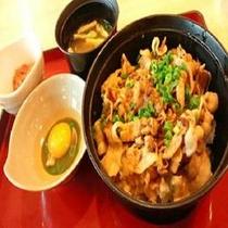 ●ジョイフル● スタミナ豚丼
