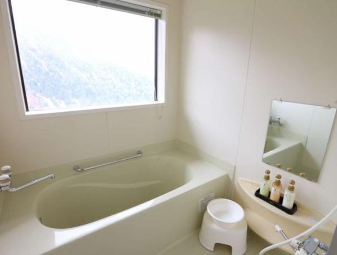 12畳和室バス・トイレ付