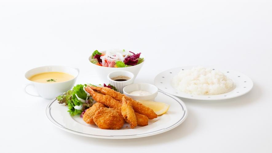 シーフードフライミックス(夕食)