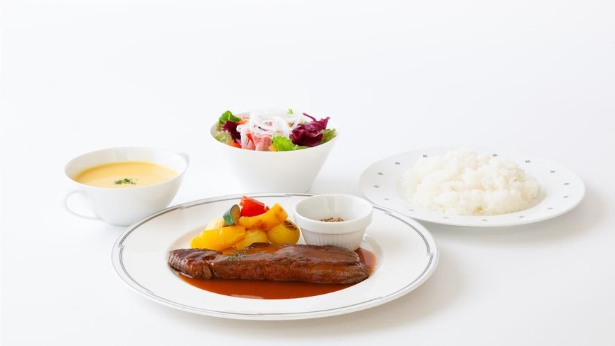 高森牛リブロースのステーキ マスタ―ド添え(夕食)