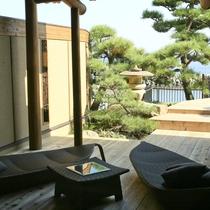 【全室専有露天風呂付】ヴィラ楽園 海の庭 Type B / 102号・テラス部屋側