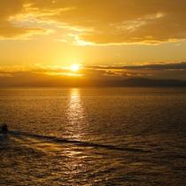 紀淡海峡から昇る美しい朝陽もご覧いただけます。