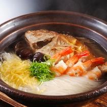 【鯛素麺】淡路島の鯛と島南部特産の手延べ素麺をあわせた逸品。