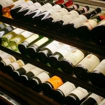 【記念日】お祝いの乾杯にかかせないシャンパン、赤・白のスティルワインを各種取り揃えております。