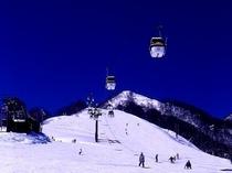 栂池高原スキー場のゴンドラリフト「イブ」