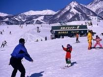 栂池高原スキー場 鐘の鳴る丘ゲレンデ