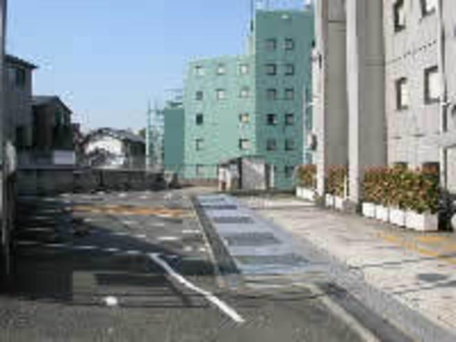 ★ホテル駐車場