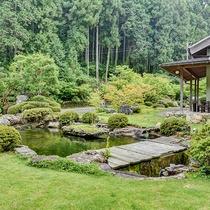 *■お庭■当館のお庭です。気持ちの良い新緑をご覧いただけます。