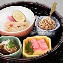 *■お料理一例■山・川・里の四季折々の食材を使用した会席料理をご堪能下さい。