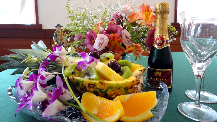 ★花の宿 介山では四季折々のお花を館内でも楽しむことができます。