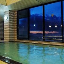 大浴場からの夜景(男湯)