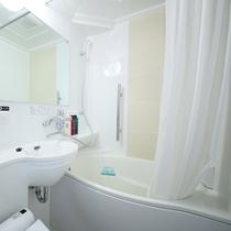 ユニットバス(新客室)※既存客室のバスルームと形状が異なります。