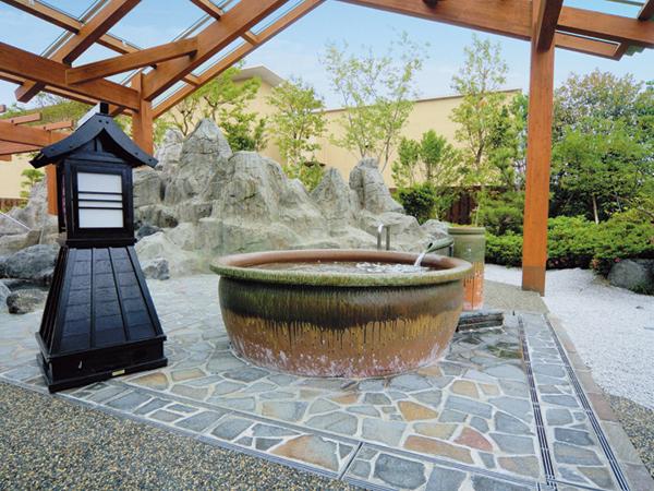 釜の湯:まあるい釜のお風呂でのんびりできます。
