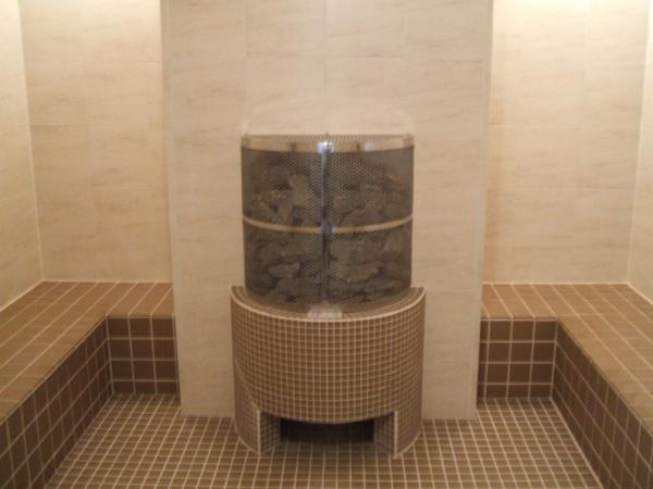 スチームサウナ(蒸し風呂):60℃のミストサウナ