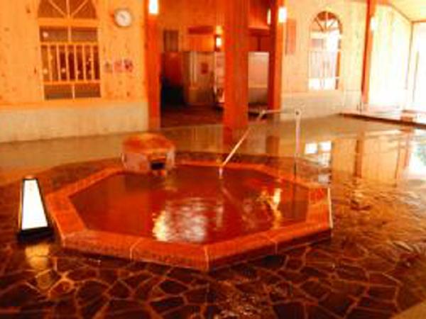 四季の湯:時節に合わせたお風呂が楽しめます。