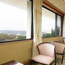 *【高階層のお部屋】景色を眺めてのんびり贅沢なひと時を。