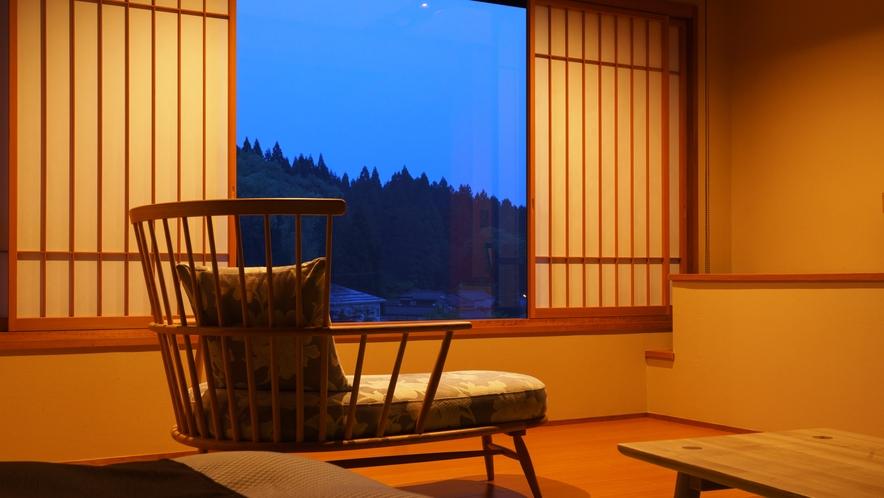 【和室ベッドルーム】すずらん_和室にセミダブルベッド2台