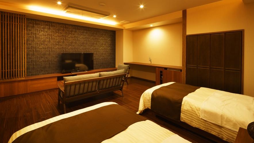 【ツインルーム】あい_和室にセミダブルベッド2台