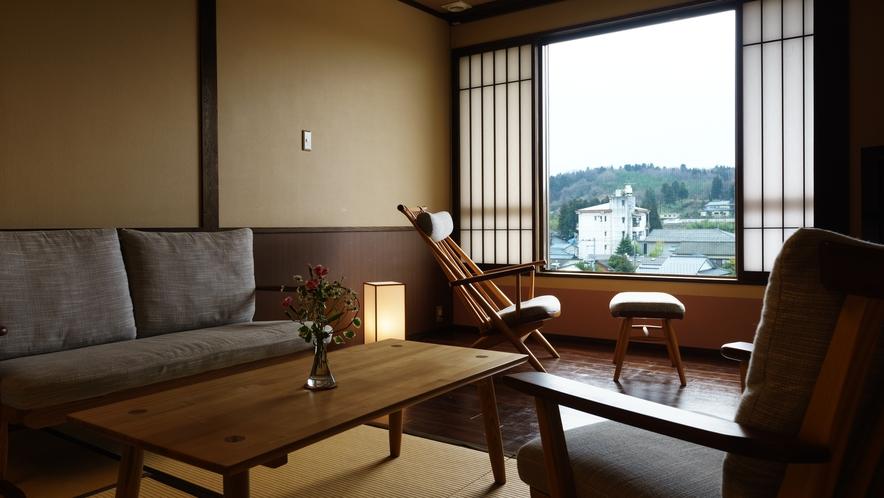 【ツインルーム】406号室_和室にセミダブルベッド2台