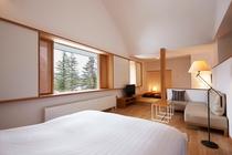 303号室 美しい吾妻連峰が堪能できる和室付スーペリアダブル