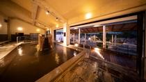 地下2,000mから汲み上げられた2種類の源泉。 11種類以上の入浴設備を完備しています
