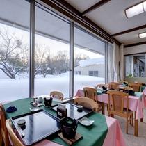 *お食事処/自然豊かな景観を眺めながら、東北の旬をご賞味下さい。