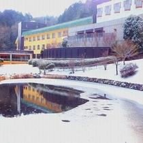 外観(雪景色)