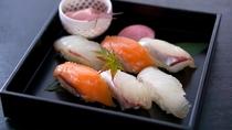【三田ポーク しゃぶしゃぶ鍋セット】 ミニ寿司(一例)
