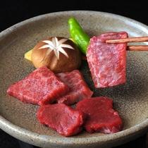 柔らかいお肉の旨味が口いっぱいに広がる♪≪三田和牛陶板焼き≫
