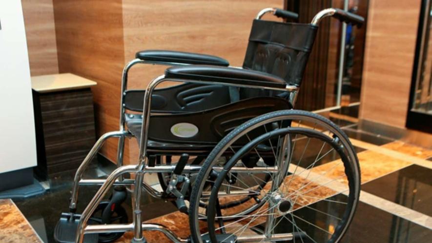 貸し出し用車椅子