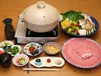 「神戸ポーク」の蒸し鍋