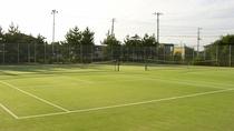 【テニスコート】有料:テニスコートは夜間照明付コートもございます。