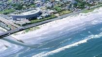 【外観】夏はサーファーや海水浴客が九十九里浜に賑わいます。