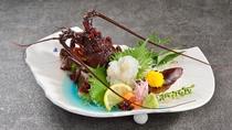 【夕食】新鮮な伊勢海老お造り
