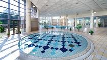 【屋内温水プール】子供用プールもございます。
