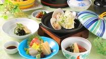 【夕食】初夏:漁火会席:九十九里と館山で朝採れの新鮮な「地魚」を厳選しております。